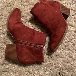 Brick colored booties ❤️